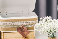 The Wedding Place | Rustic Cards Box